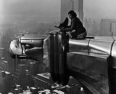 Chrysler_building_margaret_bourke_w