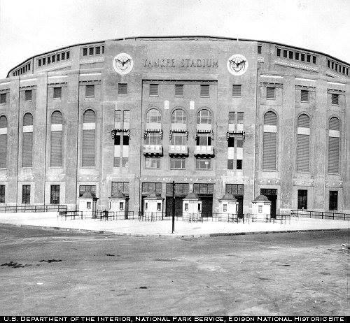 Yankee_stadium1